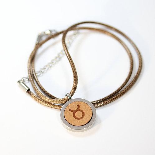 STIER Sternzeichen Halskette mit Birnenholz