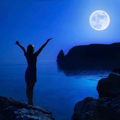 Here is Your Basic Wiccan Full Moon Ritual