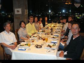 楽しい仲間とディナーナイト