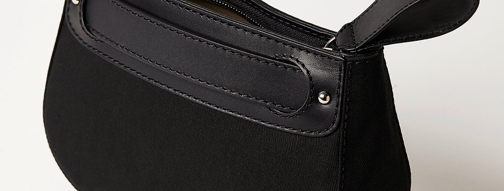 TRAVEL POUCH, black