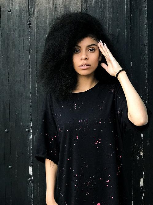 Camiseta Preta & Neon