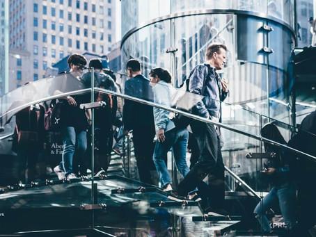 Como a arquitetura comercial impulsiona o movimento das lojas?
