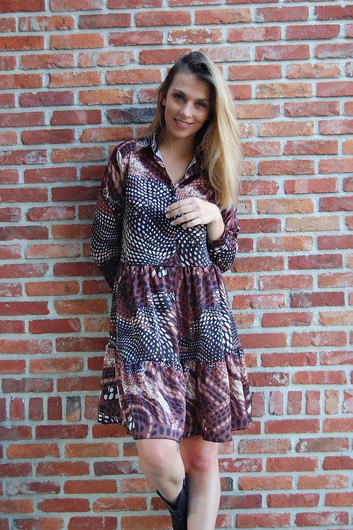 Korte jurk met print bruin