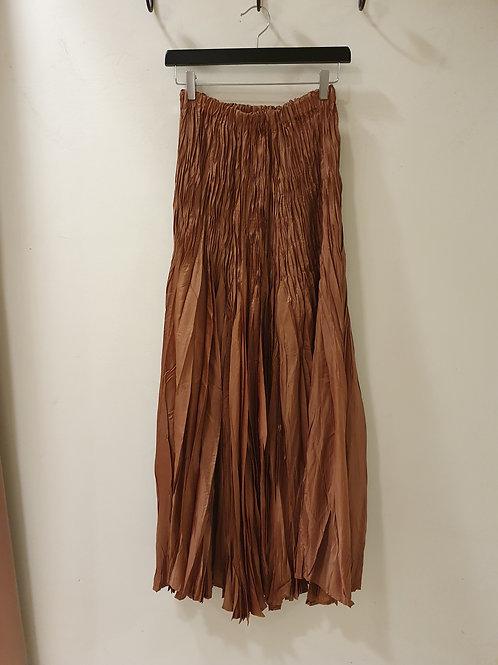 Lange bruine rok in satijn met rekker