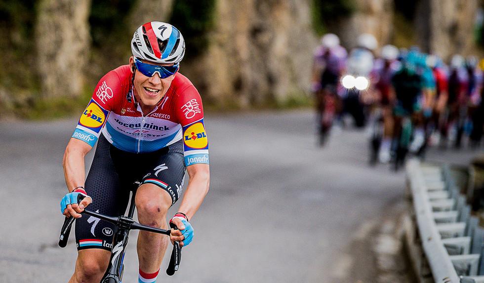 Bob Jungels (L/Deceuninck) leads the final stage of Paris-Nice 2019.
