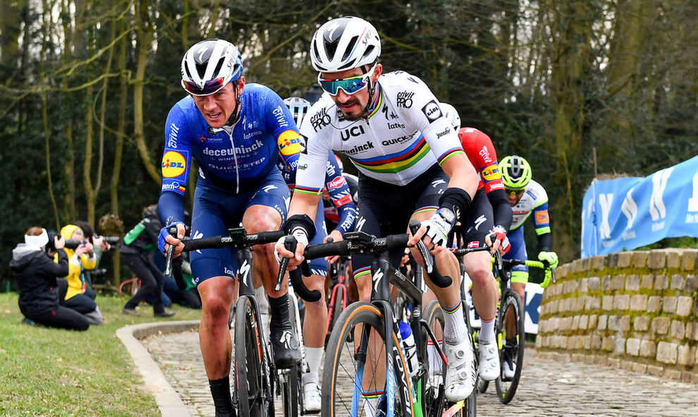 Worldchampion Julian Alaphilippe (F/Deceuninck-Quick Step) with his teammate Yves Lampaert (B) at the Omloop Het Nieuwsblad 2021.