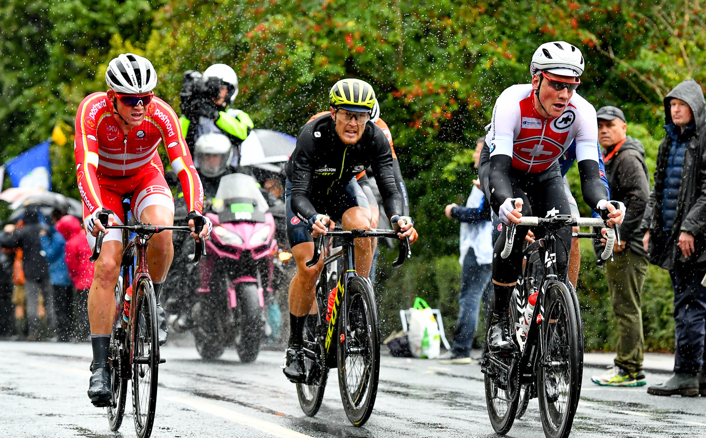 Mats Pedersen (DK), Matteo Trentin (I) and Stefan Kung (CH) in the final lap at the 2019 Road World Championships.