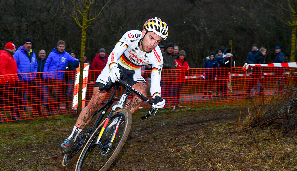 Marcel Meisen (D) on the way to his fourth victory at the CX in Pétange (L)