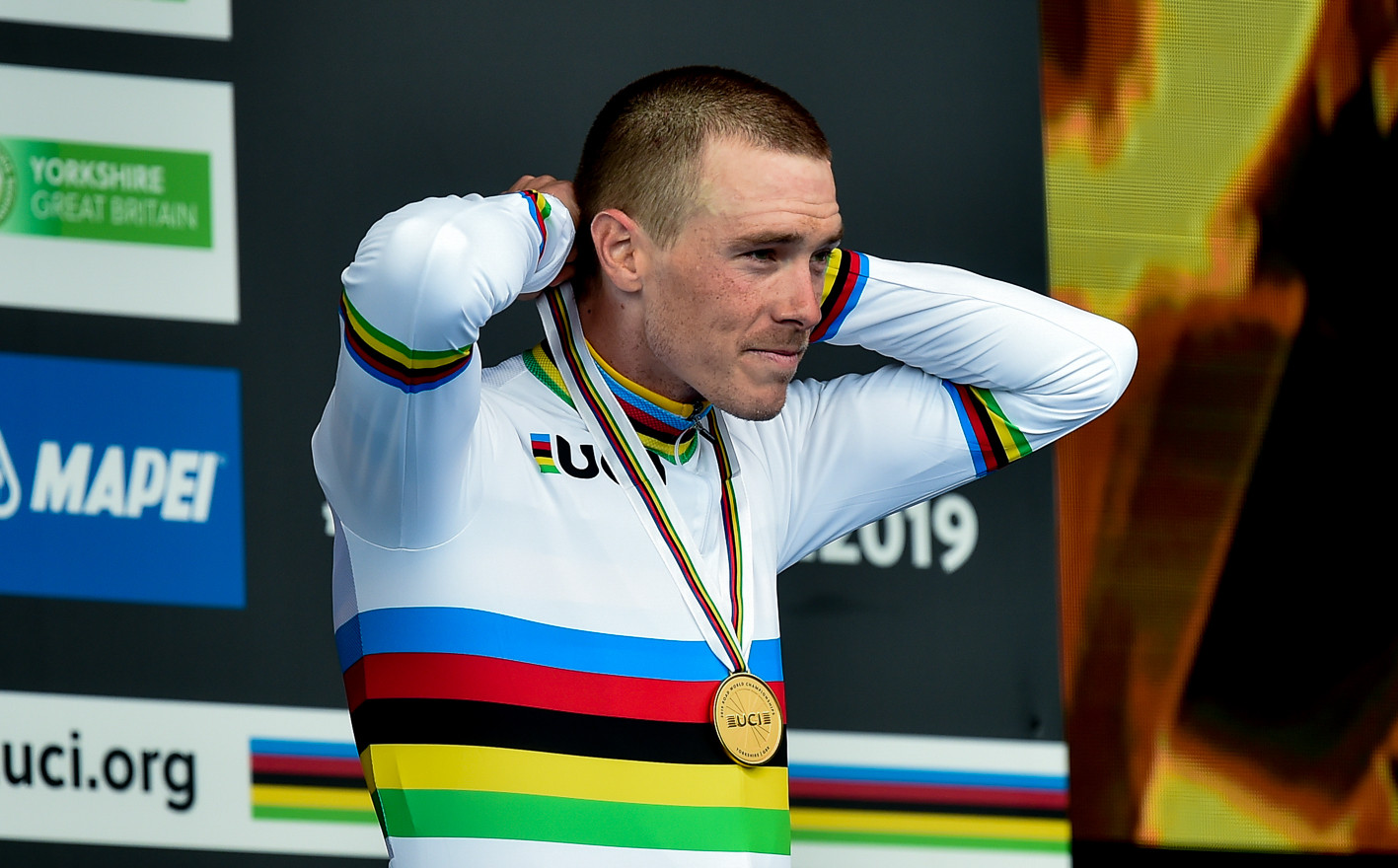 Rohan Dennis (AUS) takes his second consecutive timetrial world title at the 2019 Road World Championships in Yorkshire.
