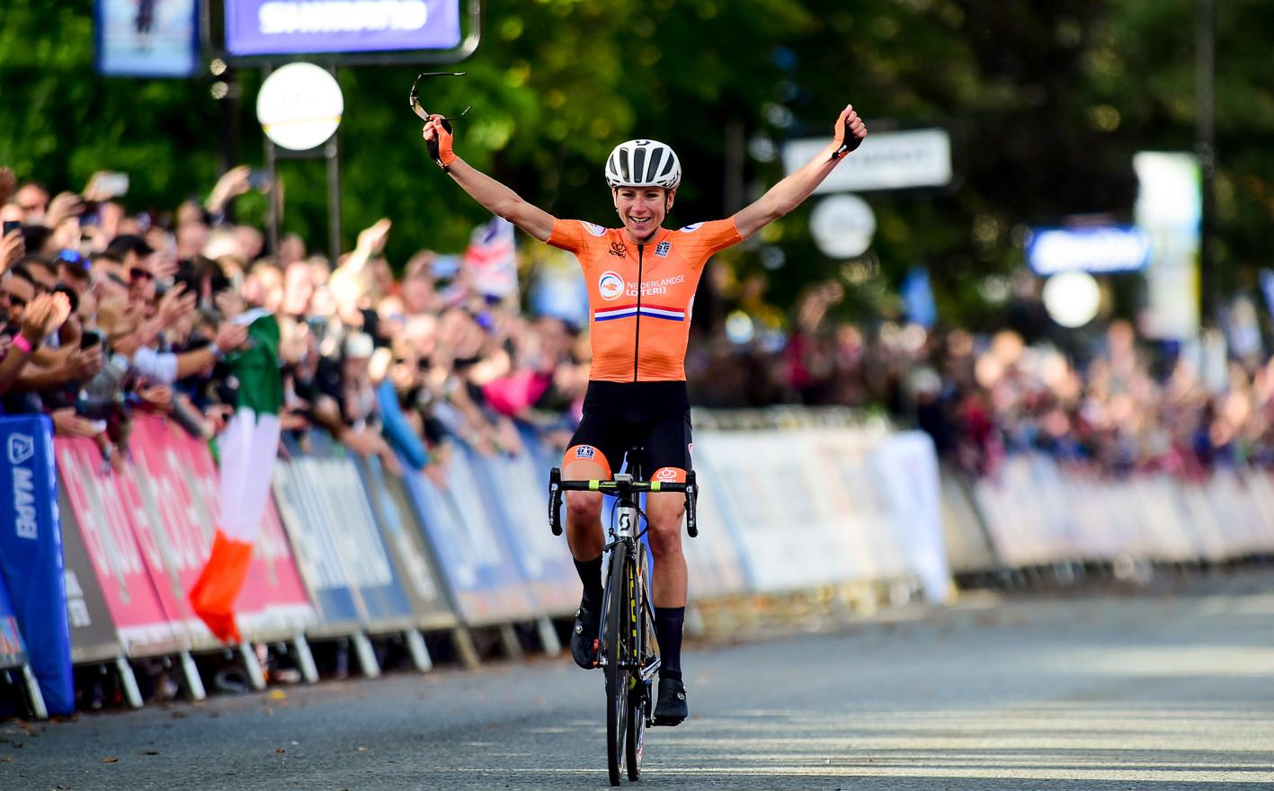 Annemiek van Vleuten wins her first world title at the 2019 Road World Championships in Yorkshire.