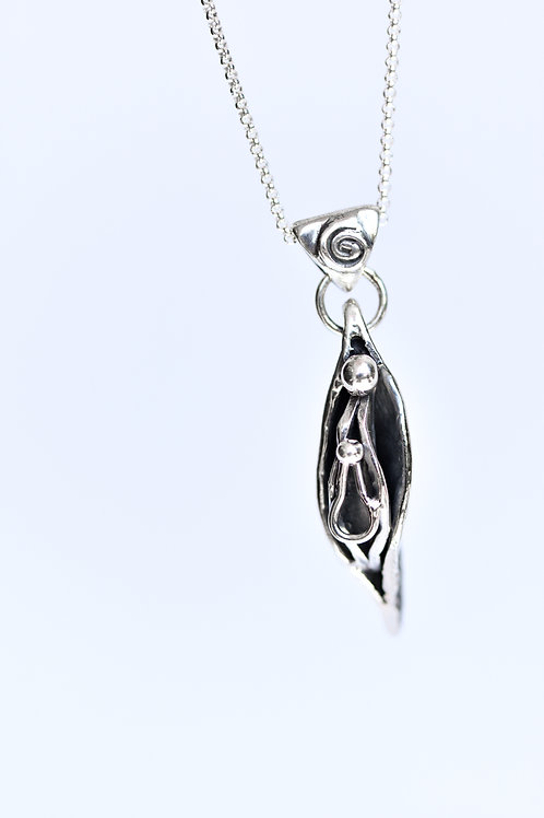 MAYA Vulva Necklace