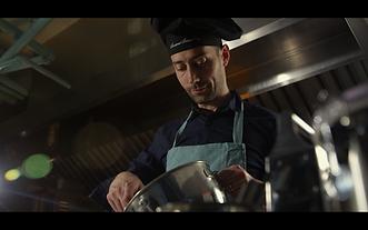 Chef Carlo Farina 3.png