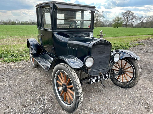 1924 Ford Model T Doctors Coupe