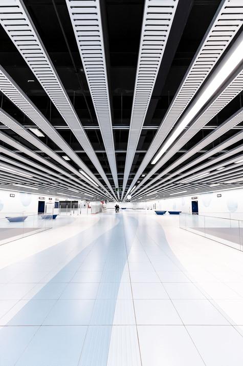 Subway station L9 - Fira