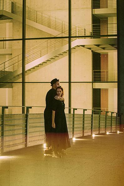 urban-couple- love Berlin_Ximeh-Photography Freiburg