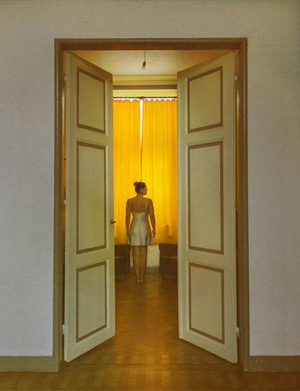 Orange-woman-2_Ximeh-Photography.jpg