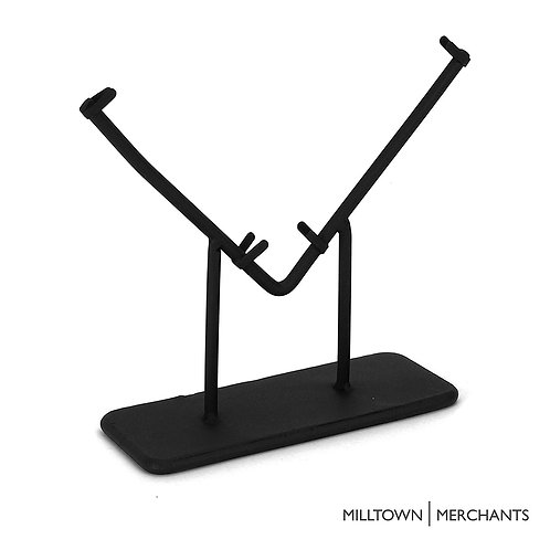Milltown Merchants V-Stand - Medium