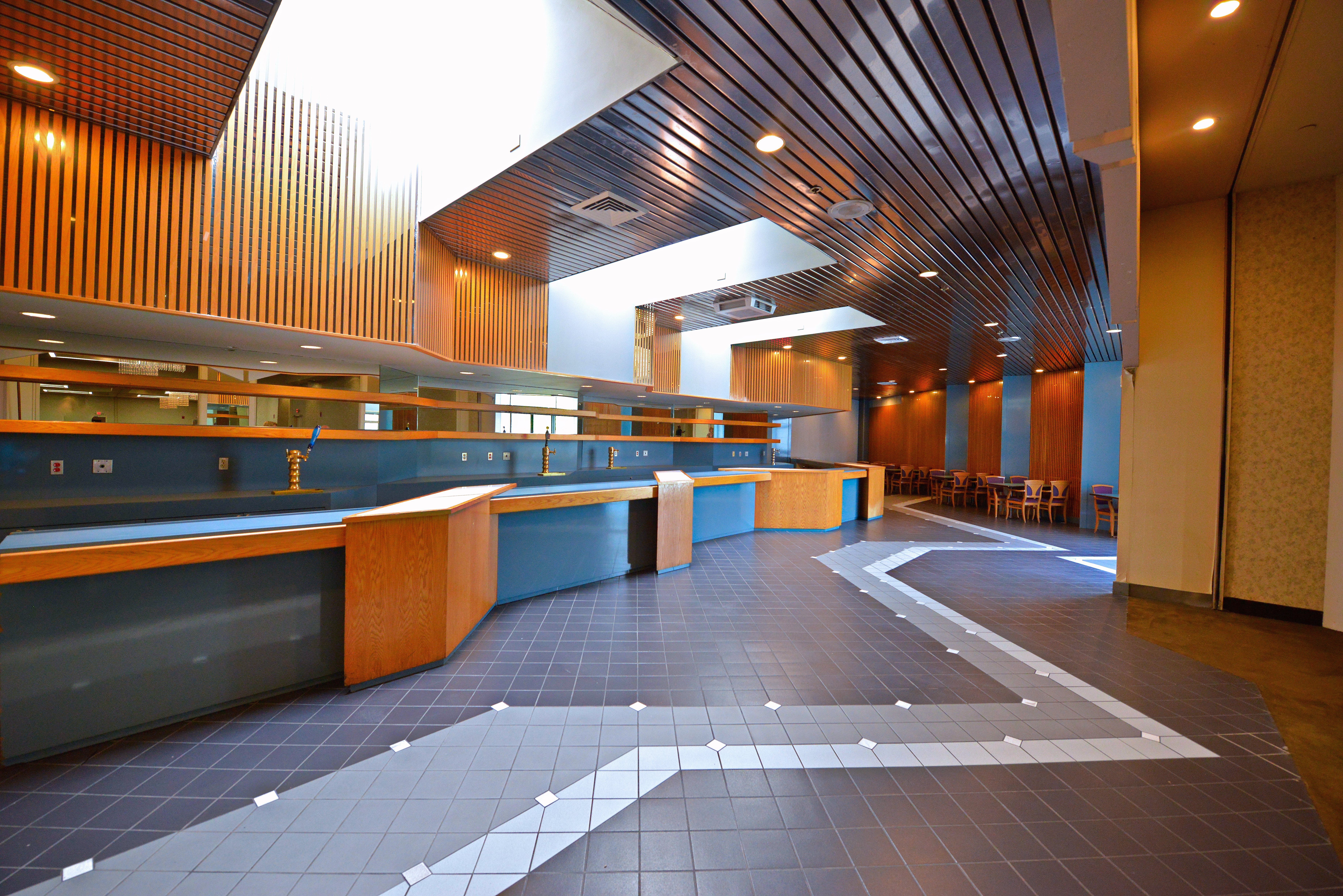 Food Court - Bar-adj-1