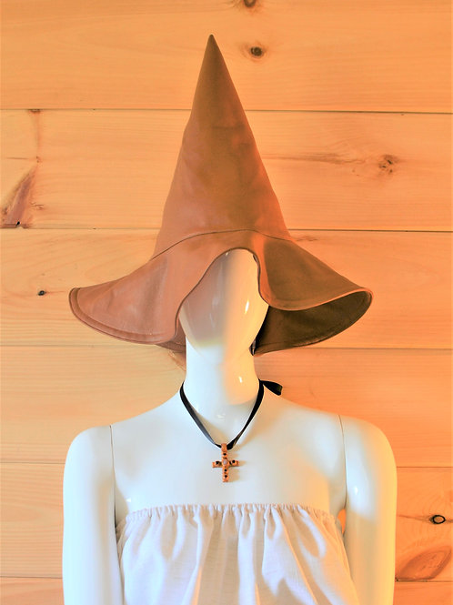 Ipswich Pointed Witchy Wide-brimmed Floppy Sun Hat