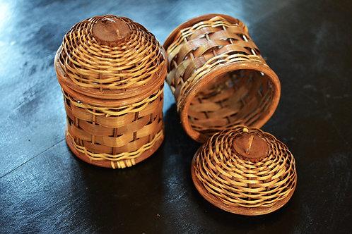 Bee Hive Vintage Basket + Lid