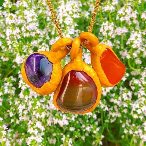 Clementine Carnelian Stone +Gold Sculpted Clay Pendant Necklace