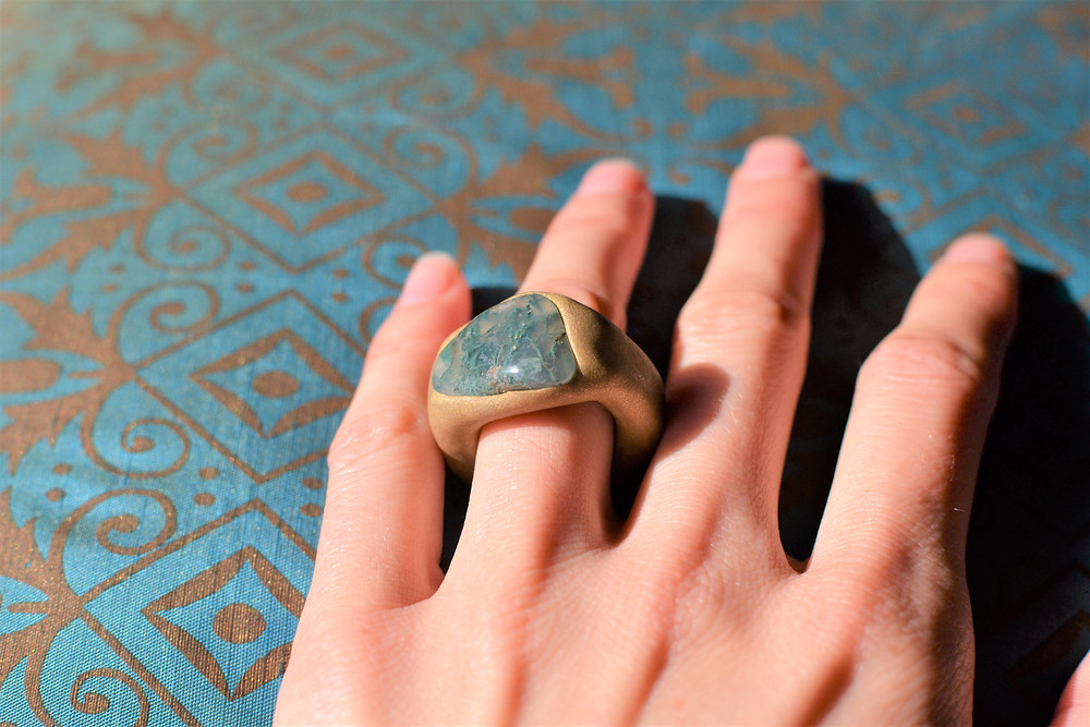 MS' Bridgton Blue Stone Sculpted Clay Ring