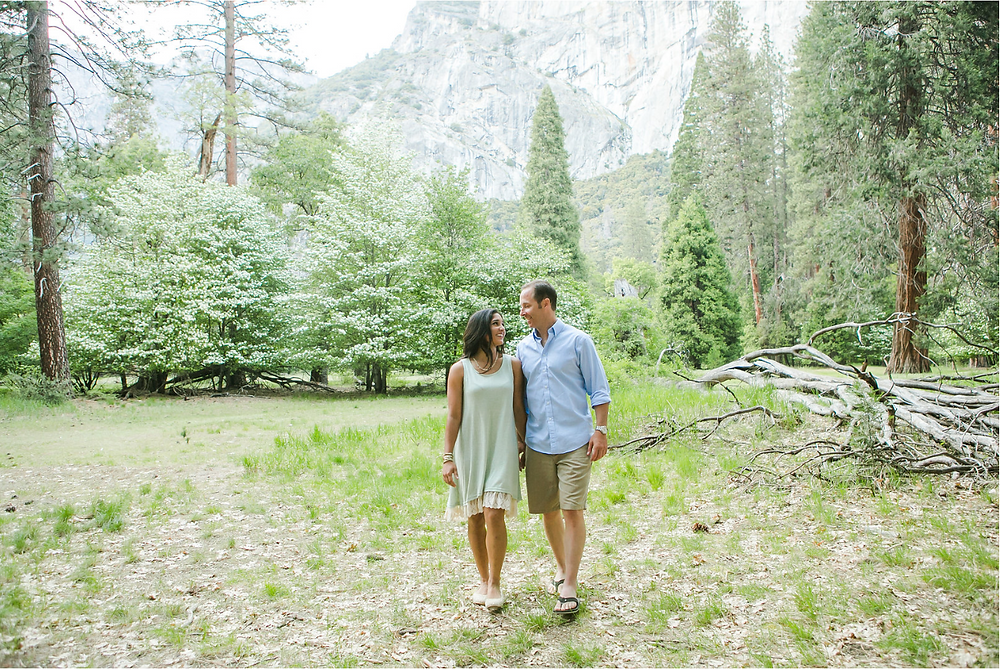 Engagement Photos - Yosemite Engagement Session