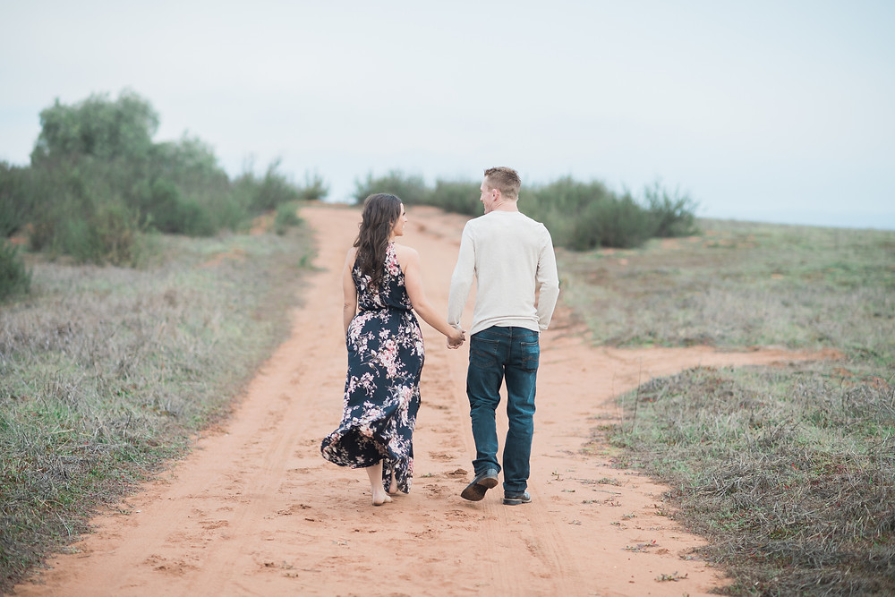 Engagement Photos - San Diego outdoor engagement session