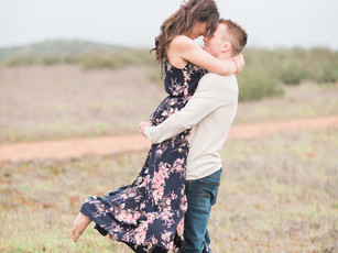 Engagement Photos: Ashley + Jeremy's Romantic Outdoor Engagement Session in San Diego, CA