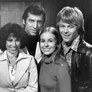 gh-lesley-rick-laura-scotty.jpg