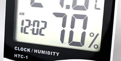 Relógio despertador, termómetro e higrómetro