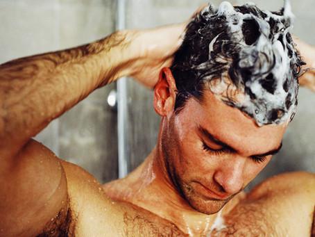 ¿Con qué frecuencia debe lavarse el cabello?