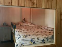 LE ROCHER Kid bedroom - Inside the room