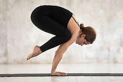 beginners-guide-to-yoga-poses-crane.jpg