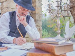 25 Creative Writing Prompts for Seniors