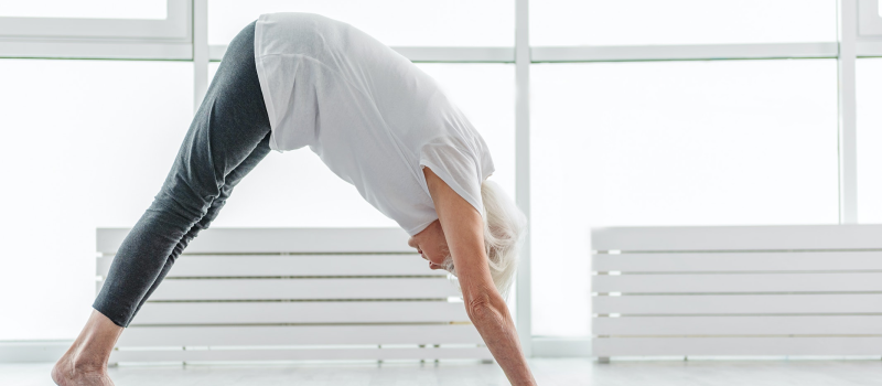 elderly lady doing functional yoga