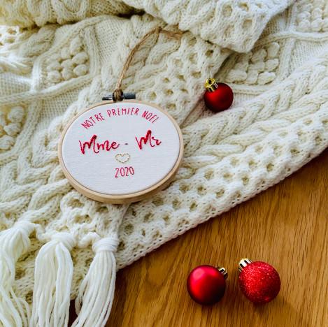 Cercle brodé décoration Noël