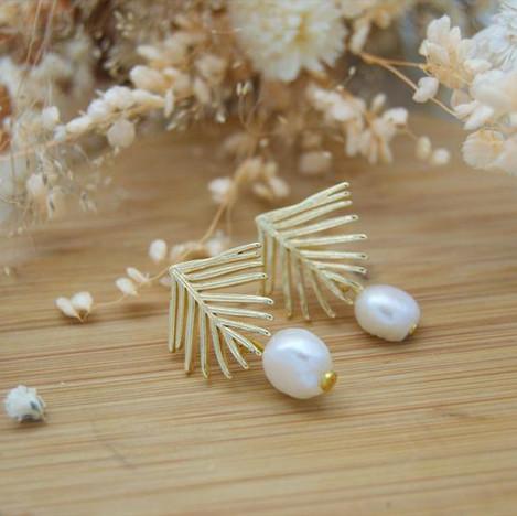 Boucles d'oreille feuilles et perles