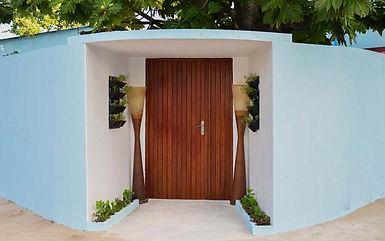 maldives-exterior-01.jpg