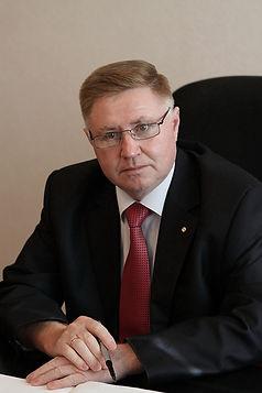 Валиев Р.М..jpg
