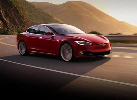 Tesla'nın yeni elektrikli arabası gaz ve petrol için oyunun bittiğine işaret