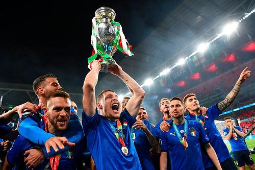 Euro 2020 finalinde İngiltere'nin İtalya'ya karşı kaybetmesi ülke piyasalarını nasıl etkiliyor?