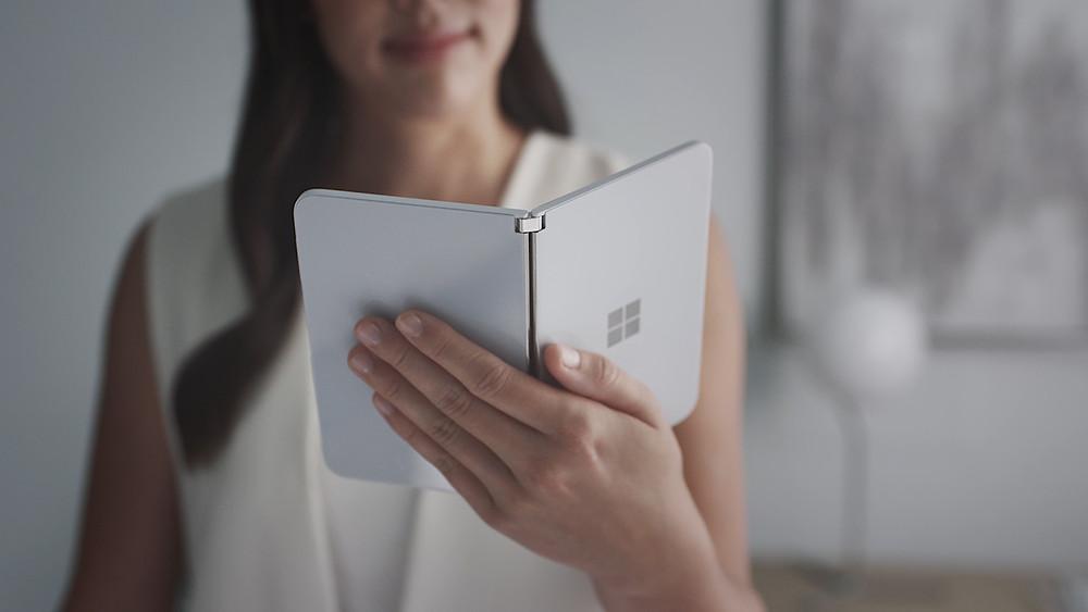 Microsoft, surface duo, smartphone, akıllı telefon, PC, Tablet, apple competitor, apple rakibi