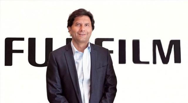 Fujifilm Türkiye CEO'su Cengiz Metin'e yeni görev