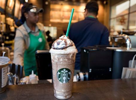 Starbucks müşteri bağlılığını artırmak için bağımsız ve temassız ödeme noktaları oluşturuyor