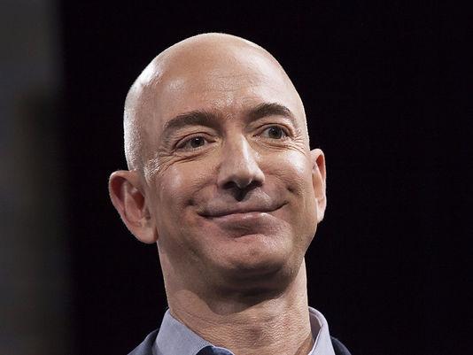 Amazon CEO'su Jeff Bezos, servetine 15 dakika içinde 13.5 milyar dolar kattı