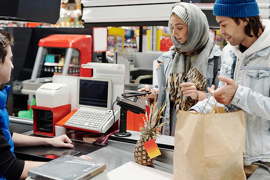 Tüketiciler ekonominin yakın zamanda toparlanacağına inanmıyor