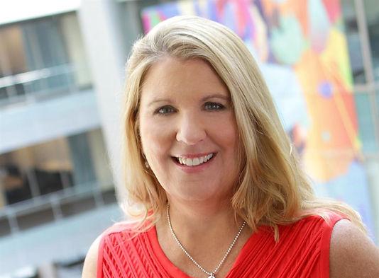 Microsoft kıdemli başkan yardımcısı müşterileri güçlendirmek için çeşitliliğe odaklanıyor