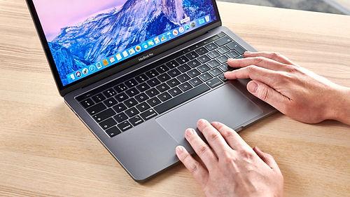 Apple, MacBook Pro tasarımında radikal değişikliklere gidebilir