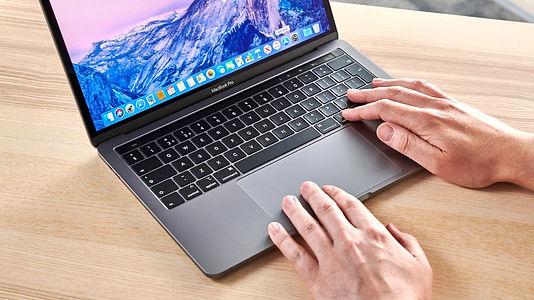 Apple'ın yenilikçi MacBook Pro modeli Microsoft'un kabusu oldu